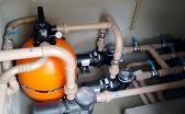 Sistema de filtragem com filtro e bombas