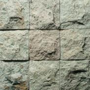 Pedra vulcânica bruta